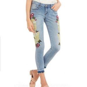 NWT William Rast Embroidered Ankle Skinny Jean